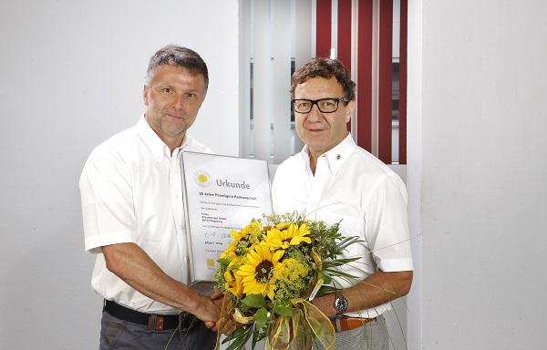 Auszeichnung für ökologische Heizsysteme von Paradigma an Alfons Kugelmann