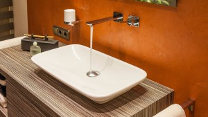 Waschtisch im Bad mit Dachschrägen Zitzelsberger GmbH